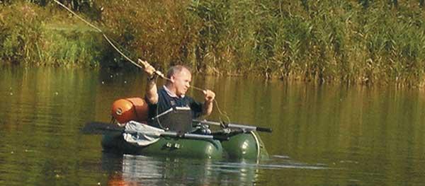 Belly Boat horgász úszószék